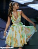 Beyonce Knowles Performing at Oscars Foto 50 (����� ����� ���������� �� ������ ���� 50)