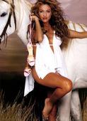 Paulina Rubio Love Magazine iss 3 Foto 12 (Полина Рабино Любовь Журнал МКС 3 Фото 12)