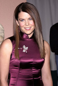 "Lauren Graham Yes, the little girl who played Laura on 'Little House On the Praire'. Is now all grown up, she is also the President of the Screen Actors Guild. She has definitly feeled out. Foto 28 (Лорэн Грэхам Да, девочку, которая играла Лаура на ""домик на Прэр"".  Фото 28)"